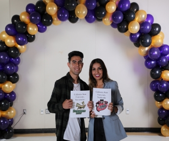 Students at Jurupa Apply to College
